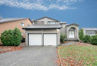 Photo 3: 7420 LYTHAM Place in Burnaby: Simon Fraser Univer. House for sale (Burnaby North)  : MLS®# R2230430