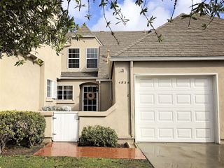 Photo 1: CARLSBAD EAST Townhome for sale : 3 bedrooms : 4554 Essex Court in Carlsbad