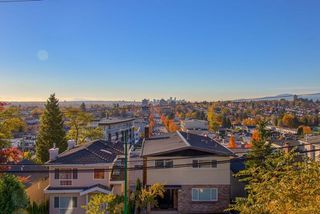 Photo 2: 372 DELTA Avenue in Burnaby: Capitol Hill BN House for sale (Burnaby North)  : MLS®# R2239476