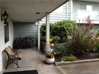 Photo 3: 211 1490 Garnet Road in VICTORIA: SE Cedar Hill Residential for sale (Saanich East)  : MLS®# 327661