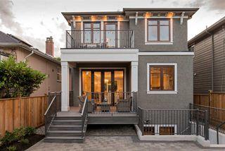Photo 18: 6338 LABURNUM Street in Vancouver: Kerrisdale House for sale (Vancouver West)  : MLS®# R2251390