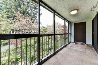 """Photo 15: 212 1521 BLACKWOOD Street: White Rock Condo for sale in """"The Sandringham"""" (South Surrey White Rock)  : MLS®# R2263441"""