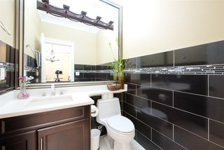 Photo 16: 1320 E 57TH Avenue in Vancouver: South Vancouver House for sale (Vancouver East)  : MLS®# R2274945