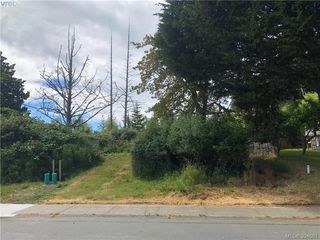 Photo 1: 1 Portsmouth Dr in VICTORIA: Co Lagoon Land for sale (Colwood)  : MLS®# 791245