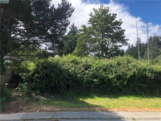 Photo 3: 1 Portsmouth Dr in VICTORIA: Co Lagoon Land for sale (Colwood)  : MLS®# 791245
