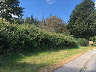 Photo 5: 1 Portsmouth Dr in VICTORIA: Co Lagoon Land for sale (Colwood)  : MLS®# 791245