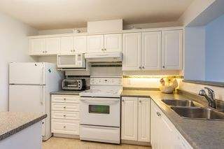 """Photo 5: 508 12148 224 Street in Maple Ridge: East Central Condo for sale in """"THE PANORAMA"""" : MLS®# R2286402"""