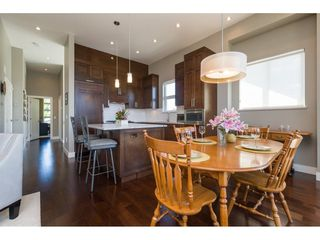"""Photo 5: 201 13585 16 Avenue in Surrey: Crescent Bch Ocean Pk. Townhouse for sale in """"Bayview Terrace"""" (South Surrey White Rock)  : MLS®# R2288990"""