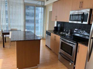 Photo 2: 3505 65 Bremner Boulevard in Toronto: Waterfront Communities C1 Condo for lease (Toronto C01)  : MLS®# C4211739