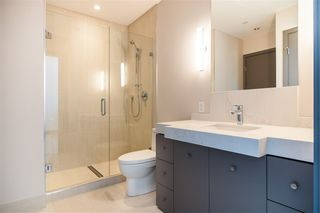 "Photo 12: 401 1510 W 6TH Avenue in Vancouver: Fairview VW Condo for sale in ""THE ZONDA"" (Vancouver West)  : MLS®# R2295200"