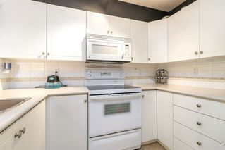 "Photo 12: 43 7128 STRIDE Avenue in Burnaby: Edmonds BE Townhouse for sale in ""RIVERSTONE"" (Burnaby East)  : MLS®# R2315207"