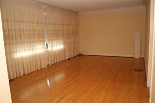 Photo 3: 233 Falstaff Avenue in Toronto: Maple Leaf House (Bungalow) for lease (Toronto W04)  : MLS®# W4304074