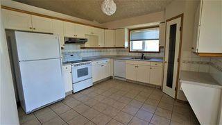 Photo 2: 7915 164 Avenue in Edmonton: Zone 28 House for sale : MLS®# E4137656