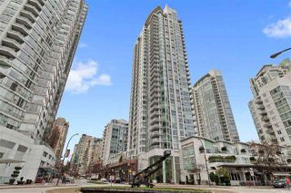 Photo 1: 3002 1199 MARINASIDE Crescent in Vancouver: Yaletown Condo for sale (Vancouver West)  : MLS®# R2329251