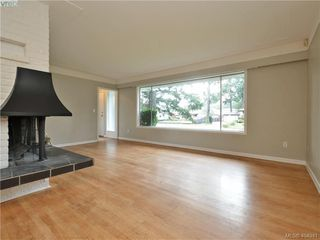 Photo 2: 536 Acland Ave in VICTORIA: Co Wishart North Single Family Detached for sale (Colwood)  : MLS®# 804616