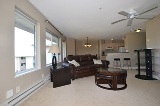 """Photo 3: 440 33173 OLD YALE Road in Abbotsford: Central Abbotsford Condo for sale in """"SOMMERSET RIDGE"""" : MLS®# R2341914"""