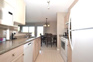 """Photo 5: 440 33173 OLD YALE Road in Abbotsford: Central Abbotsford Condo for sale in """"SOMMERSET RIDGE"""" : MLS®# R2341914"""