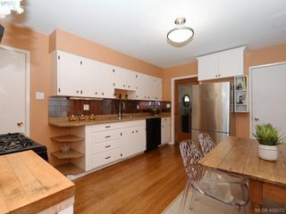 Photo 8: 453 Moss St in VICTORIA: Vi Fairfield West Single Family Detached for sale (Victoria)  : MLS®# 806984