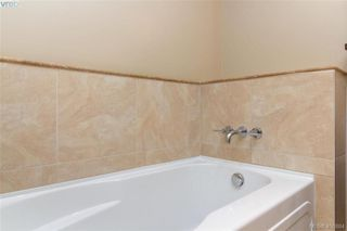 Photo 11: 214 1400 Lynburne Pl in VICTORIA: La Bear Mountain Condo for sale (Langford)  : MLS®# 808644