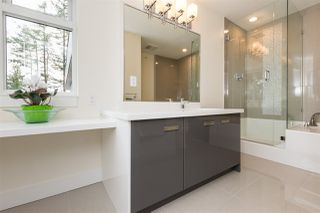 """Photo 9: 3 1466 EVERALL Street: White Rock Townhouse for sale in """"THE FIVE"""" (South Surrey White Rock)  : MLS®# R2351081"""