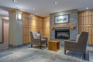 "Photo 3: 407 2601 WHITELEY Court in North Vancouver: Lynn Valley Condo for sale in ""Branches"" : MLS®# R2355121"