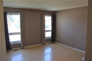 Photo 3: 40 Cropo Bay in Winnipeg: Tyndall Park Residential for sale (4J)  : MLS®# 1907242