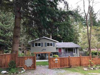 Main Photo: 7634 SECHELT INLET Road in Sechelt: Sechelt District House for sale (Sunshine Coast)  : MLS®# R2360984