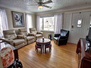 Photo 3: 12113 40 Street in Edmonton: Zone 23 House for sale : MLS®# E4153820