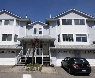 """Photo 1: 29 3087 IMMEL Street in Abbotsford: Central Abbotsford Townhouse for sale in """"CLAYBURN ESTATES"""" : MLS®# R2364552"""