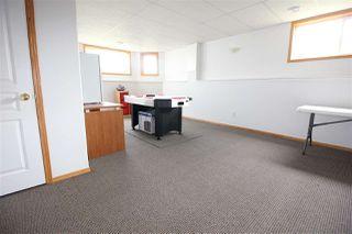 Photo 19: 7927 165 Avenue in Edmonton: Zone 28 House for sale : MLS®# E4158382
