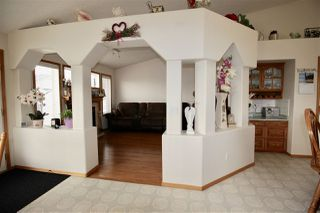 Photo 9: 7927 165 Avenue in Edmonton: Zone 28 House for sale : MLS®# E4158382