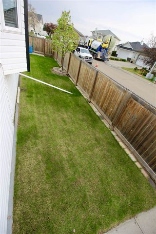 Photo 29: 7927 165 Avenue in Edmonton: Zone 28 House for sale : MLS®# E4158382