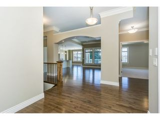 Photo 3: 3943 COACHSTONE Way in Abbotsford: Abbotsford East House for sale : MLS®# R2372528