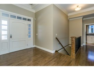 Photo 2: 3943 COACHSTONE Way in Abbotsford: Abbotsford East House for sale : MLS®# R2372528