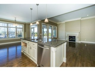 Photo 6: 3943 COACHSTONE Way in Abbotsford: Abbotsford East House for sale : MLS®# R2372528