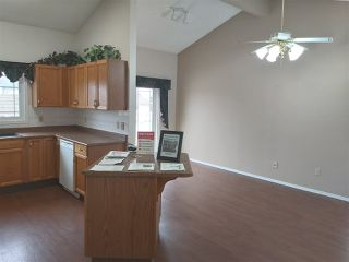 Photo 4: 12447 55 Street NW in Edmonton: Zone 06 House for sale : MLS®# E4160157