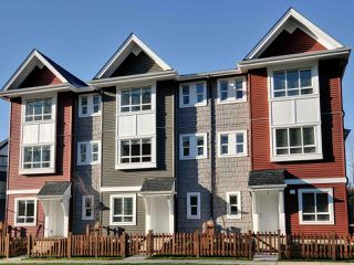 "Photo 15: 2 6479 192 Street in Surrey: Clayton Townhouse for sale in ""Brookside Walk"" (Cloverdale)  : MLS®# R2378116"