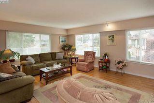 Photo 6: 1936 Venross Pl in SAANICHTON: CS Saanichton House for sale (Central Saanich)  : MLS®# 817628