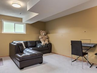 Photo 22: 2403 98 Avenue SW in Calgary: Palliser Detached for sale : MLS®# C4255280