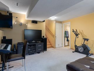 Photo 24: 2403 98 Avenue SW in Calgary: Palliser Detached for sale : MLS®# C4255280