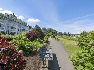 "Photo 17: 301 6263 RIVER Road in Delta: Neilsen Grove Condo for sale in ""RIVERHOUSE"" (Ladner)  : MLS®# R2383689"