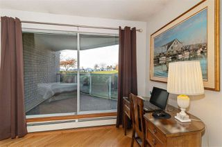 """Photo 14: 1106 33 CHESTERFIELD Place in North Vancouver: Lower Lonsdale Condo for sale in """"Harbour Front Park"""" : MLS®# R2418348"""