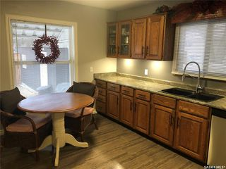 Photo 3: 566 5th Avenue Northwest in Swift Current: North West Residential for sale : MLS®# SK793207