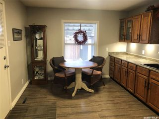 Photo 2: 566 5th Avenue Northwest in Swift Current: North West Residential for sale : MLS®# SK793207