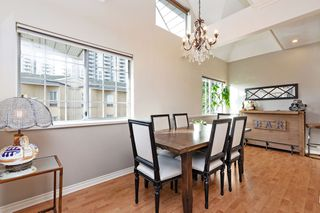 "Photo 4: 208 25 RICHMOND Street in New Westminster: Fraserview NW Condo for sale in ""FRASERVIEW"" : MLS®# R2423119"