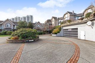 "Photo 1: 208 25 RICHMOND Street in New Westminster: Fraserview NW Condo for sale in ""FRASERVIEW"" : MLS®# R2423119"