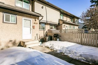 Photo 5: 3223 142 Avenue in Edmonton: Zone 35 Townhouse for sale : MLS®# E4189905