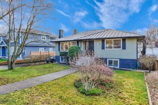Photo 2: 7116 KITCHENER STREET in Burnaby: Sperling-Duthie House for sale (Burnaby North)  : MLS®# R2438381