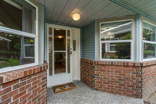 """Photo 4: 8 8889 212 Street in Langley: Walnut Grove Townhouse for sale in """"Garden Terrace"""" : MLS®# R2474571"""