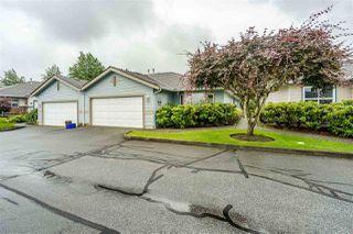"""Photo 3: 8 8889 212 Street in Langley: Walnut Grove Townhouse for sale in """"Garden Terrace"""" : MLS®# R2474571"""